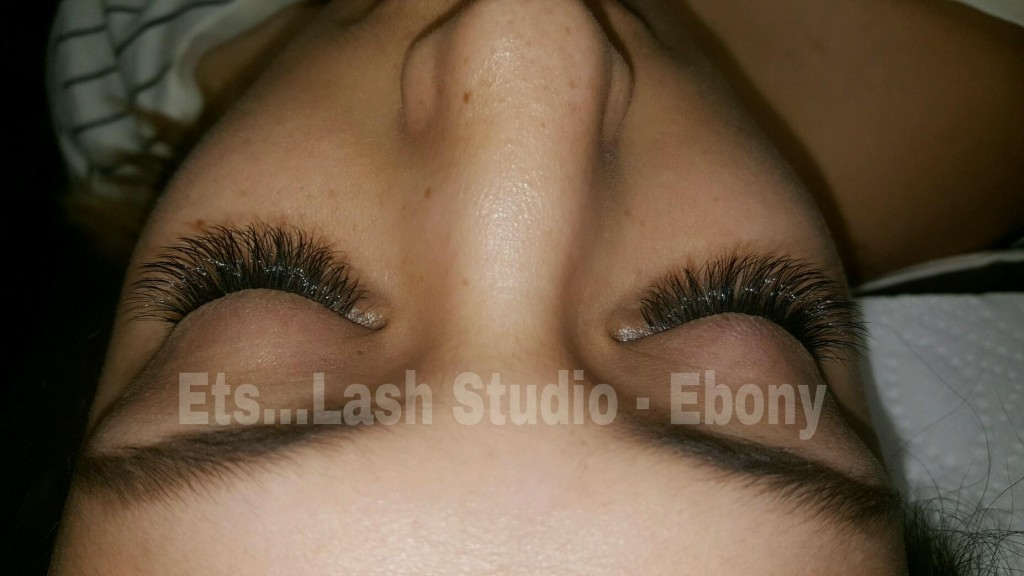 My First Experience with Eyelash Estensions